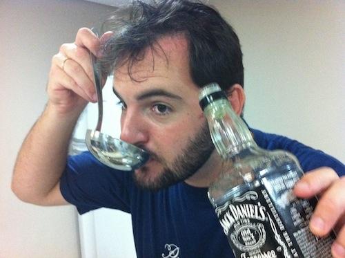 Sempre prove o ponto do uisque, ele pode estar muito alcoólico!