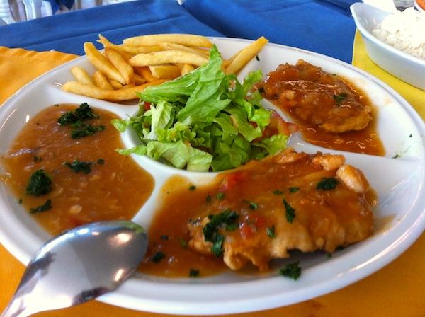 Filé de Peixe ao Molho de Camarão