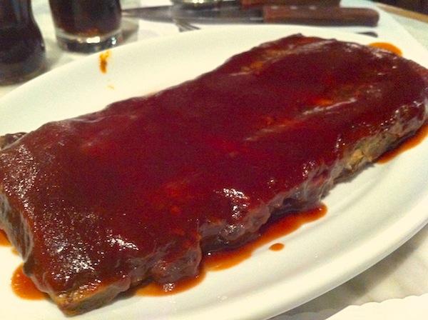 St. Louis Ribs, costela de porco com molho barbecue