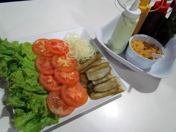 Salada de entrada, e a imperdível maionese caseira