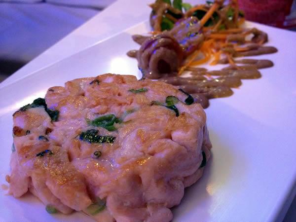 kikoni-salmao-burger