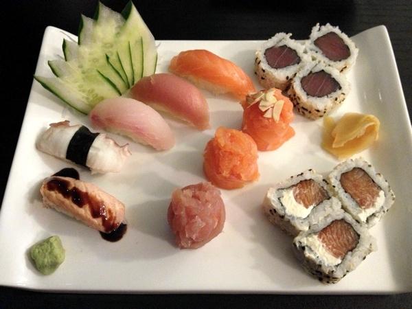 toro-yam-combinado-sushis