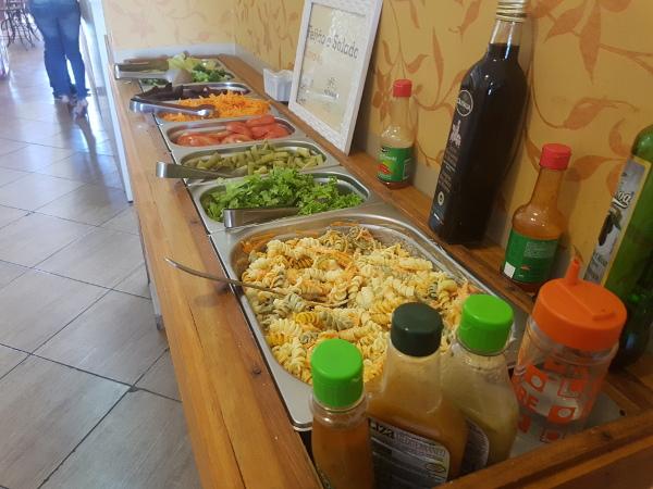 cafe-das-meninas-buffet-saladas